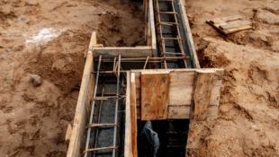 Deskowanie fundamentów