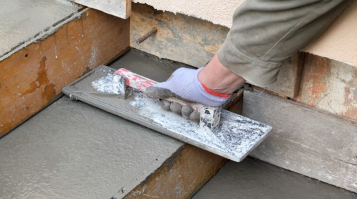 szalunek na schodach zewnętrznych